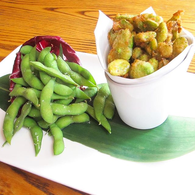 "Did you know that edamame means ""beans on branches"" in Japanese? The smooth, nutty flavor of the traditional edamame pairs perfectly with the crunchy, salty Fava Beans with a sprinkle of truffle salt to make for the ultimate #nobustyle start to your meal #edamame #trufflesalt #japanese #appetizer #favabeans"