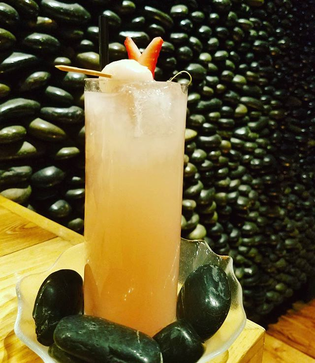 "Start your New year with our new cocktail of the month ""Ichigo Slim"" @nobuhardrockhotellv #nobucocktails #nobulasvegascocktails #belvederecitrus #cointreau #lychee #strawberry #yuzu #japan #peru #cocktails #creative #lasvegas #hardrockhotelandcasinolasvegas"