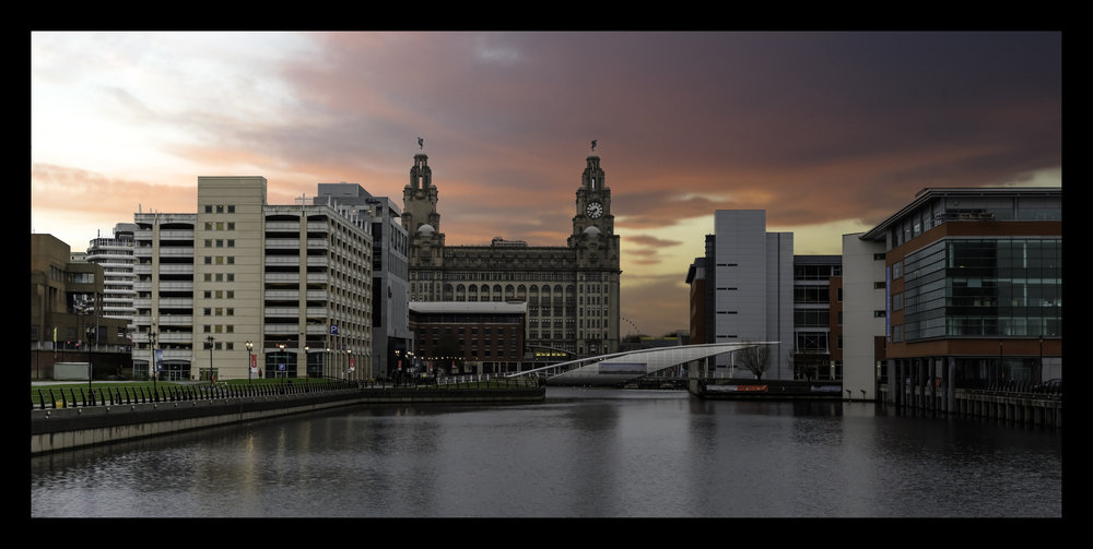 Liver_Building_Sunset.jpg