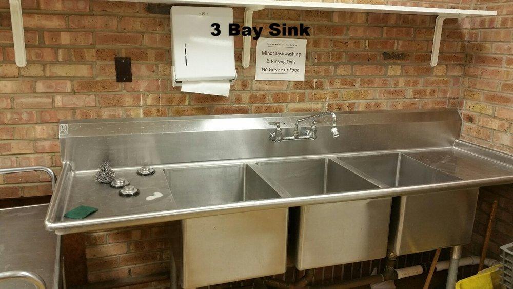 Commercial Kitchen-3 bay sink2.jpg