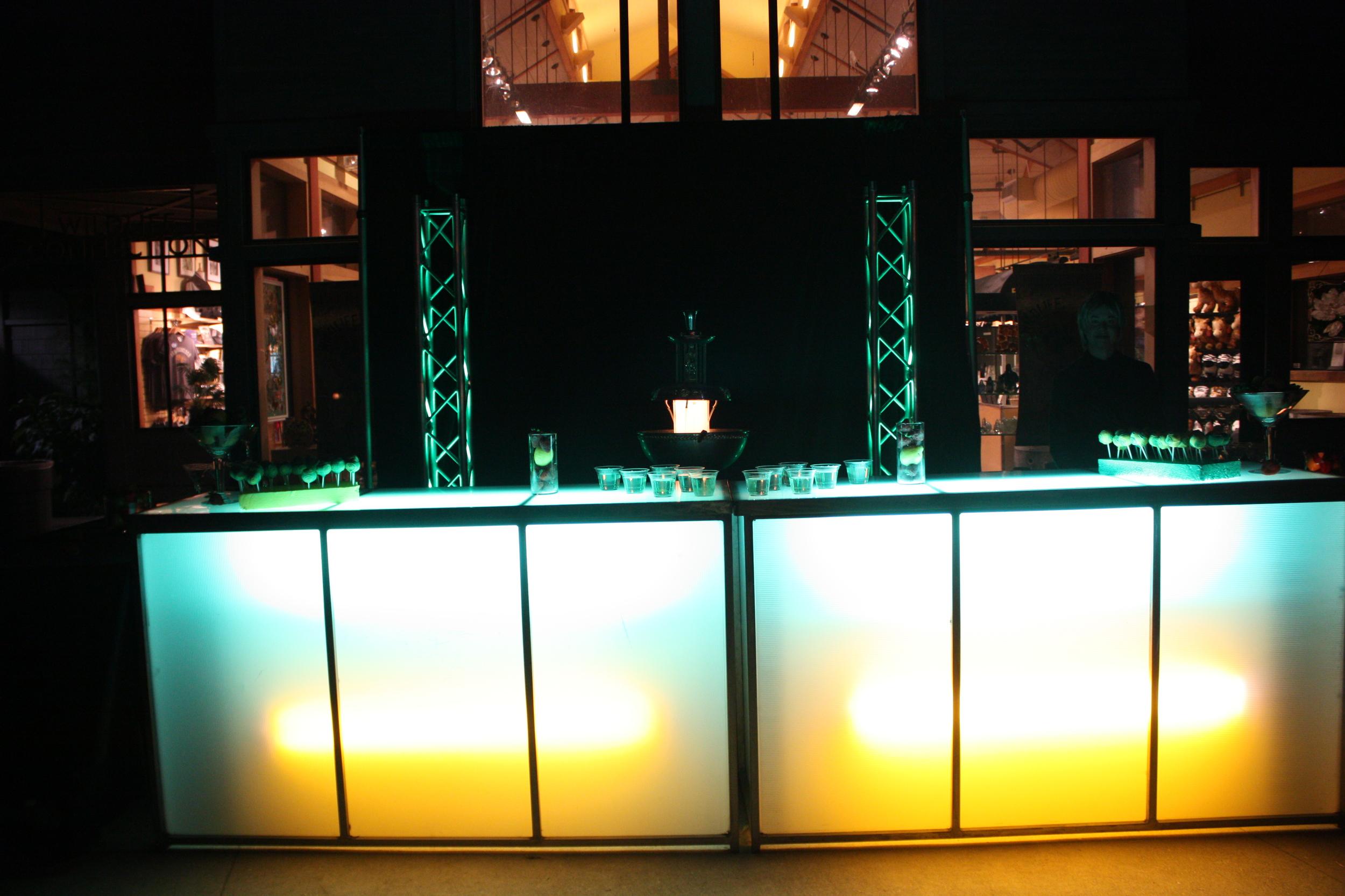 MocktailsBarPROM2013