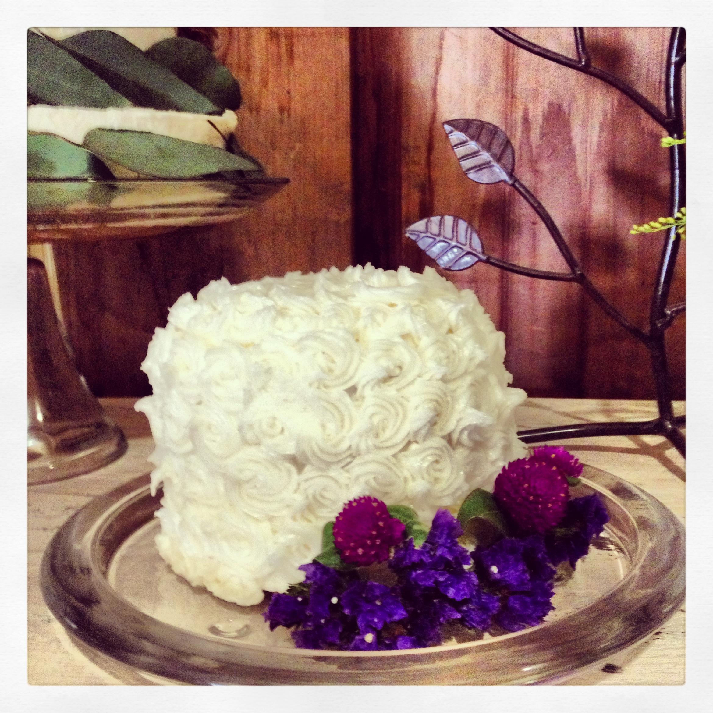 Kai Squared Mini Cake Love