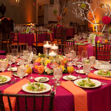 vibrant-mixed-centerpieces