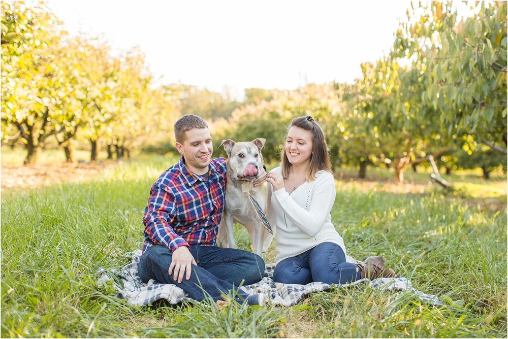 Larriland-Farm-Engagement-Photo_0008.jpg