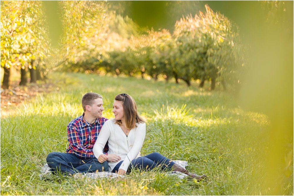 Larriland-Farm-Engagement-Photo_0009.jpg