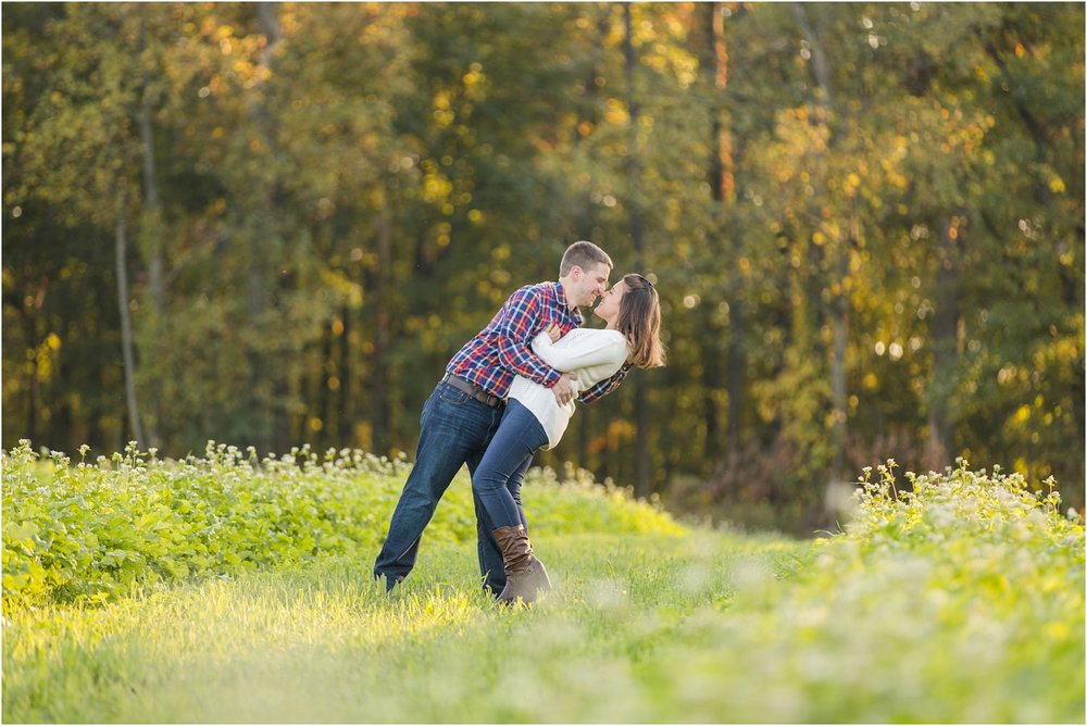 Larriland-Farm-Engagement-Photo_0012.jpg