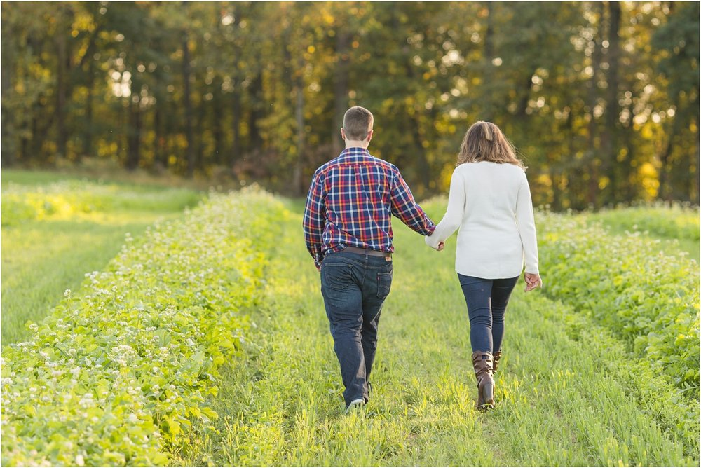 Larriland-Farm-Engagement-Photo_0013.jpg