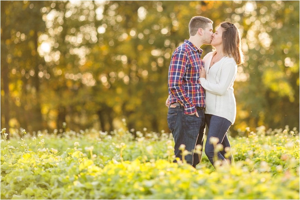 Larriland-Farm-Engagement-Photo_0016.jpg