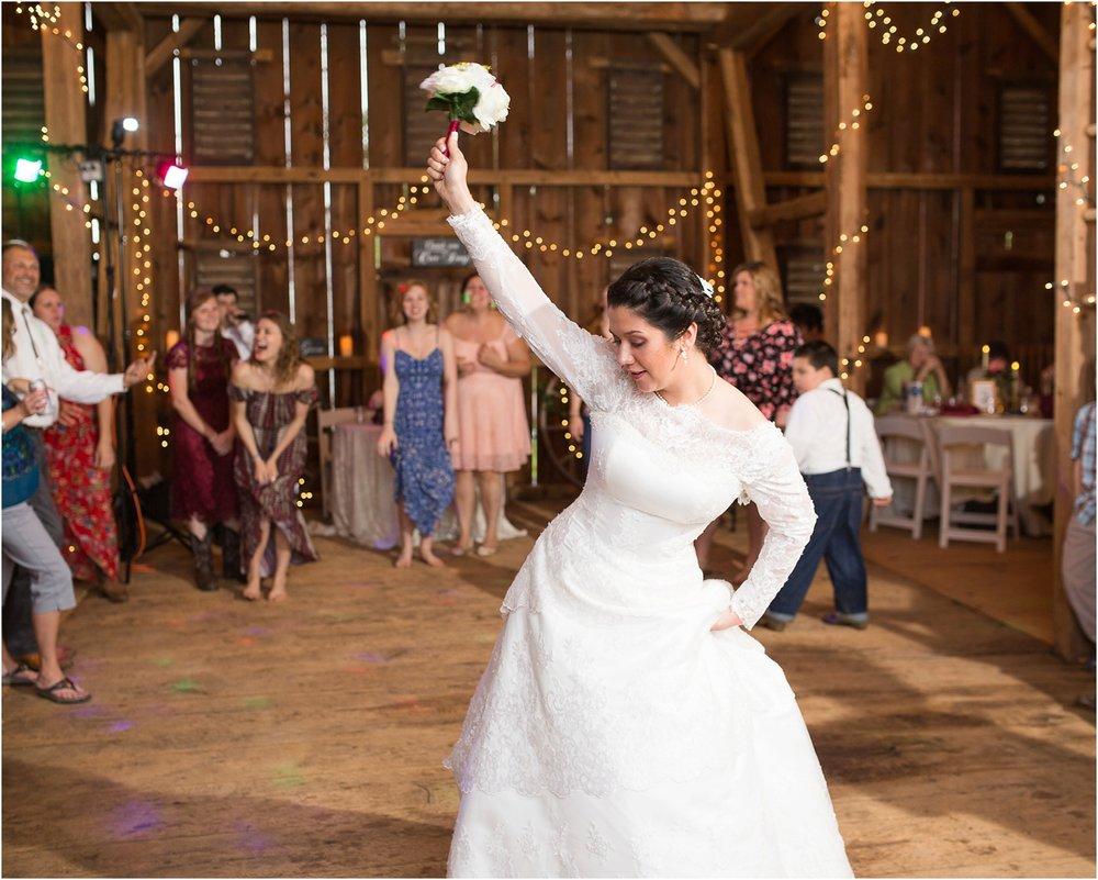 Maryland-Barn-Wedding-Photos-122.jpg