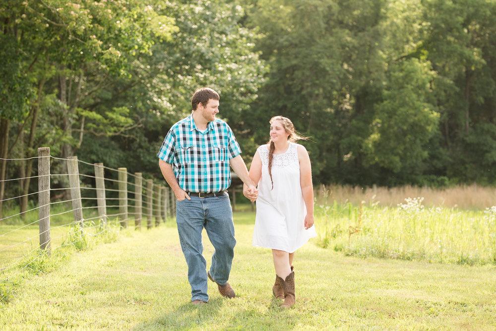 Carroll-county-engagement-photos-2.jpg