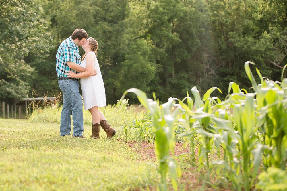 Carroll-county-engagement-photos-6.jpg
