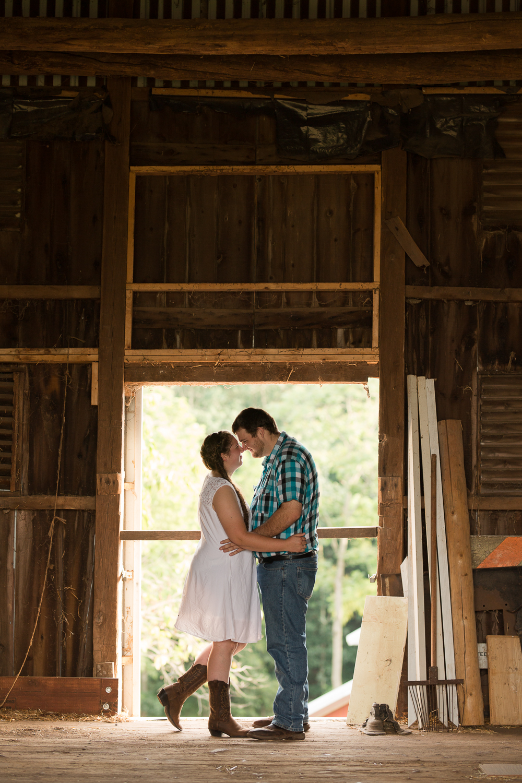 Carroll-county-engagement-photos-11.jpg