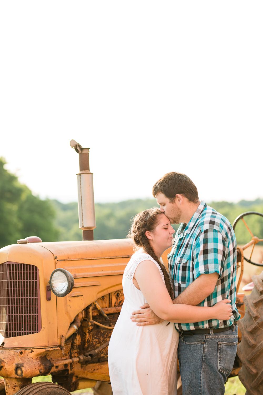 Carroll-county-engagement-photos-22.jpg