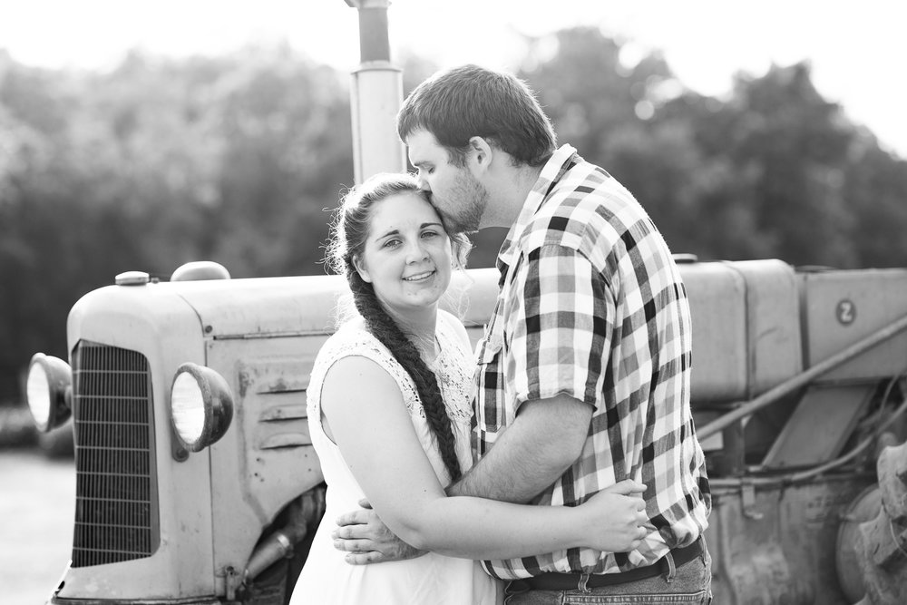Carroll-county-engagement-photos-23.jpg