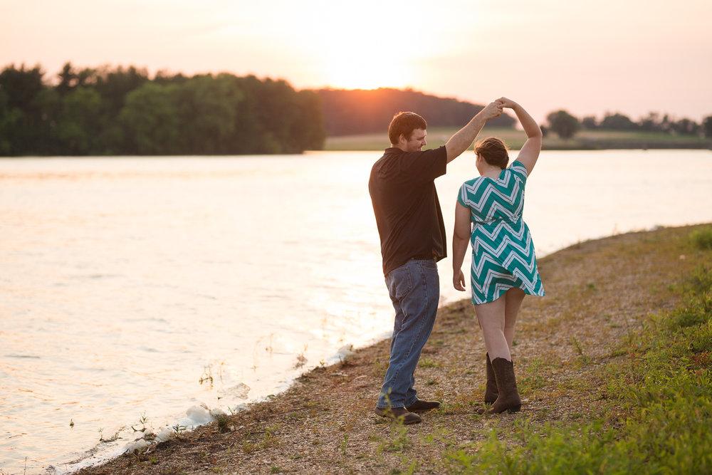 Carroll-county-engagement-photos-35.jpg