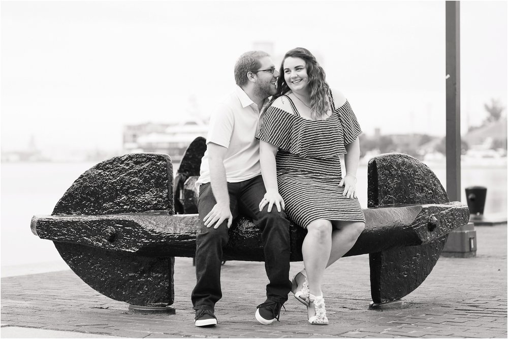 Baltimore-Inner-Harbor-Engagement-Photos_0022.jpg