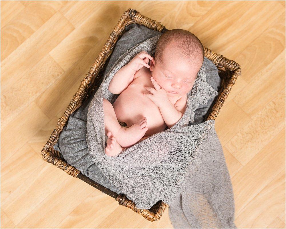 Carroll-county-newborn-photographer_0043.jpg