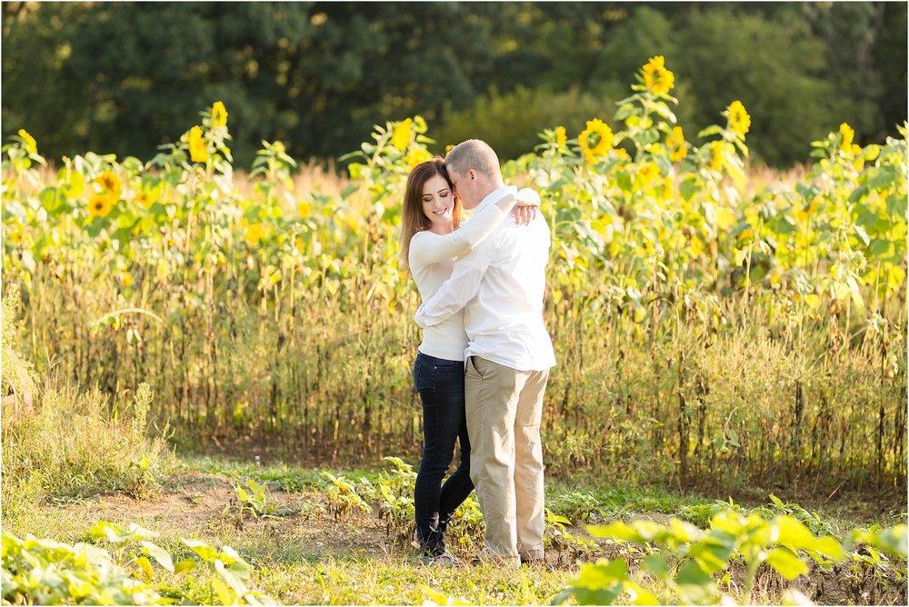 Sunflower-field-engagement-maryland-22.jpg