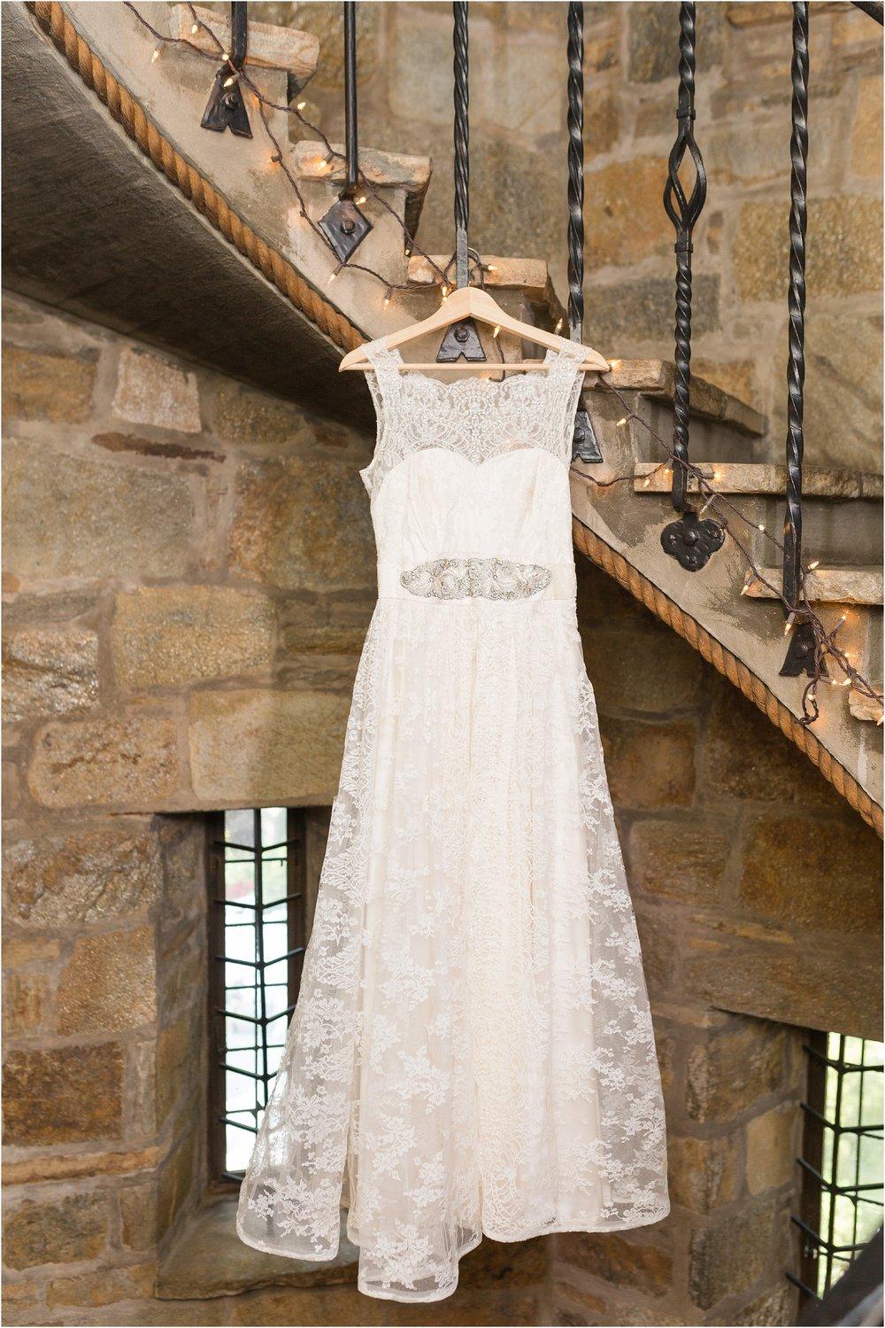 The-Cloisters-Wedding-Photos-1012.jpg