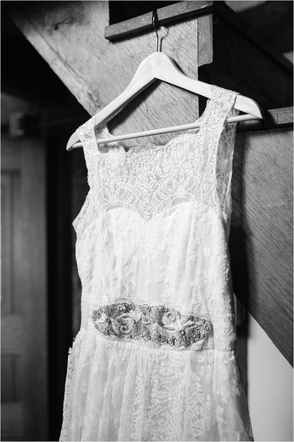The-Cloisters-Wedding-Photos-1020.jpg