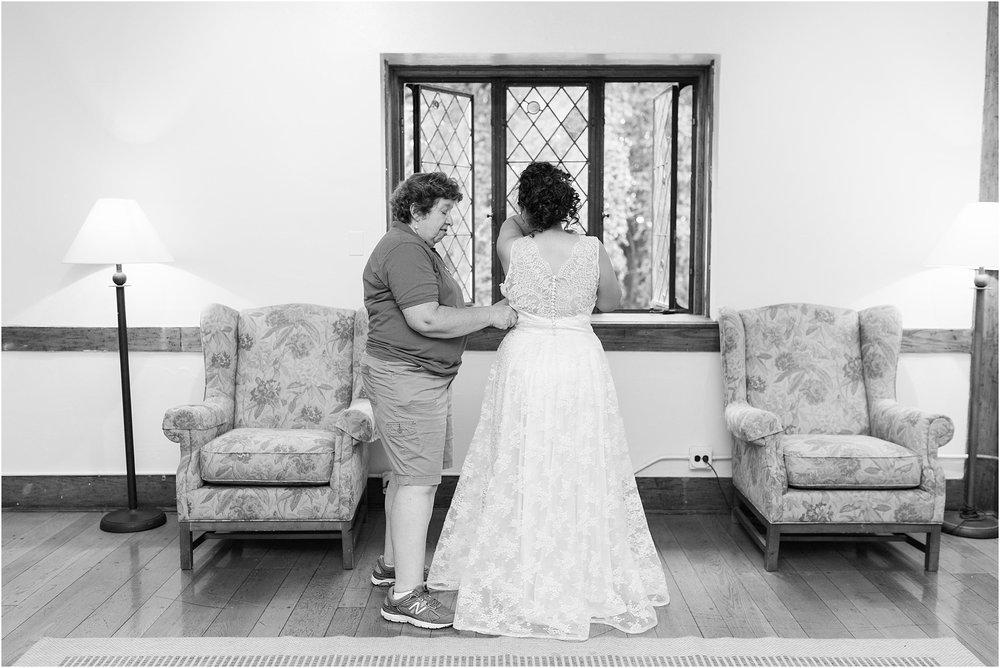 The-Cloisters-Wedding-Photos-1028.jpg