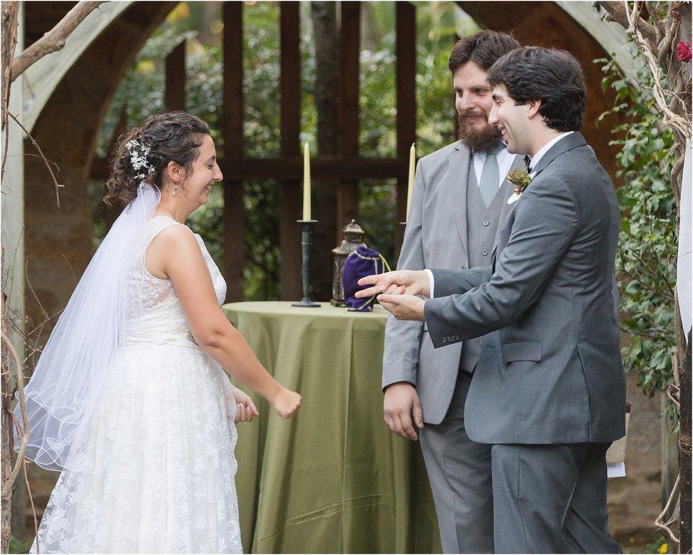 The-Cloisters-Wedding-Photos-1058.jpg