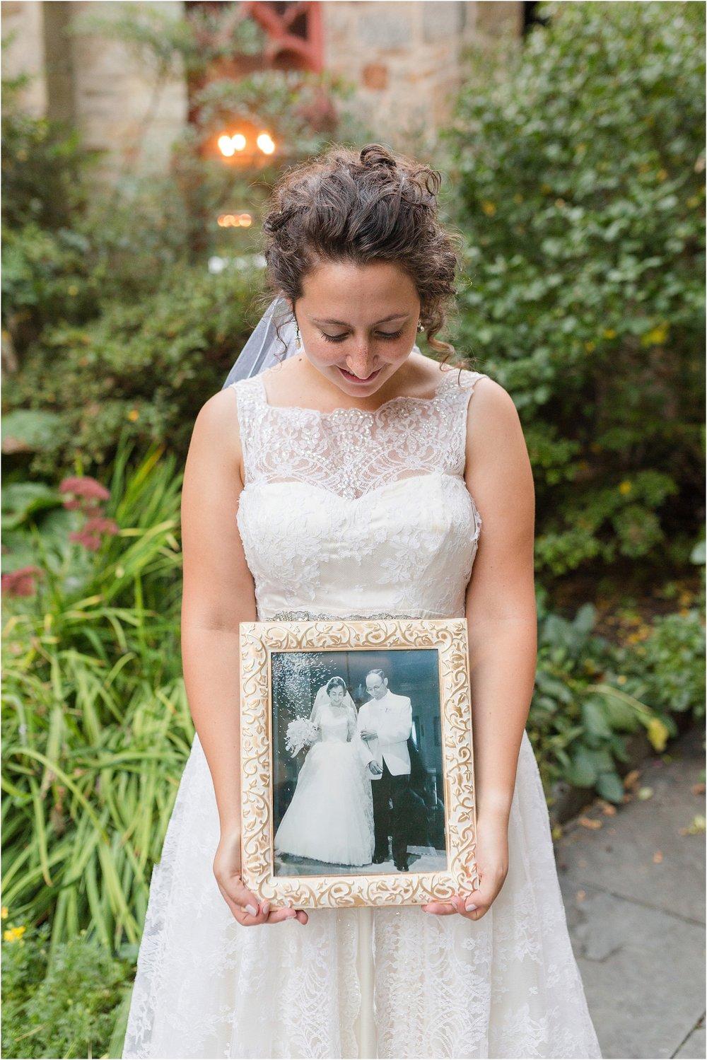 The-Cloisters-Wedding-Photos-1075.jpg