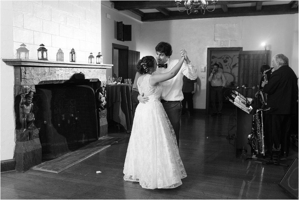 The-Cloisters-Wedding-Photos-1123.jpg