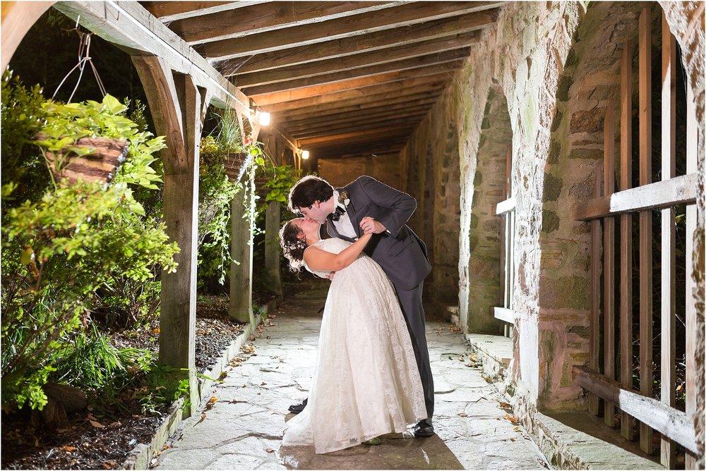 The-Cloisters-Wedding-Photos-1132.jpg
