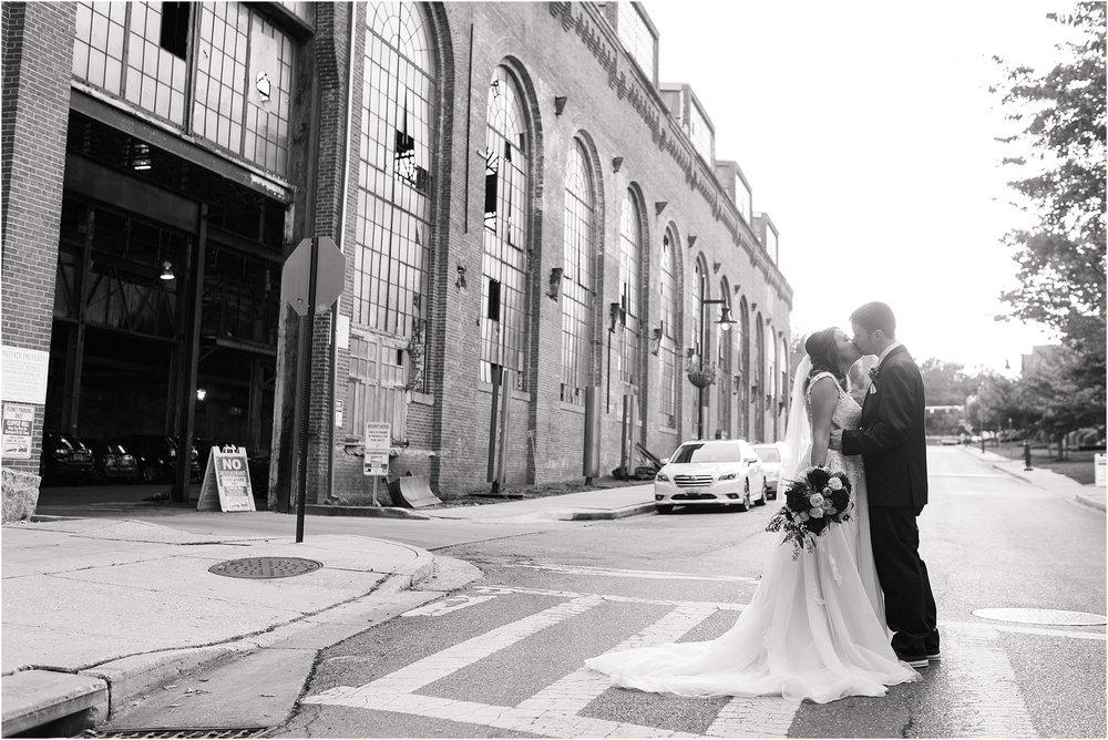 Corradetti-glass-blowing-studio-wedding_0062.jpg