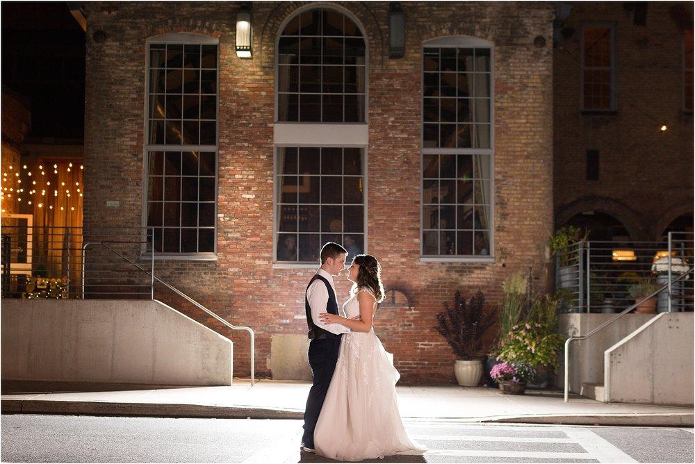 Corradetti-glass-blowing-studio-wedding_0091.jpg
