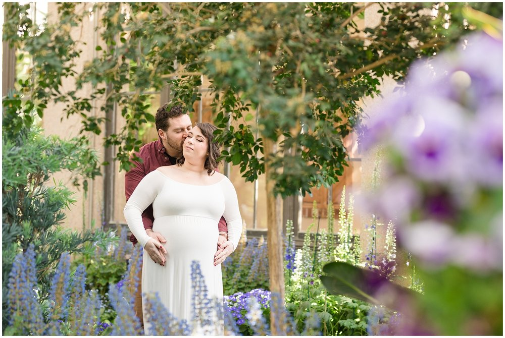 Longwood-gardens-maternity-photos-203.jpg
