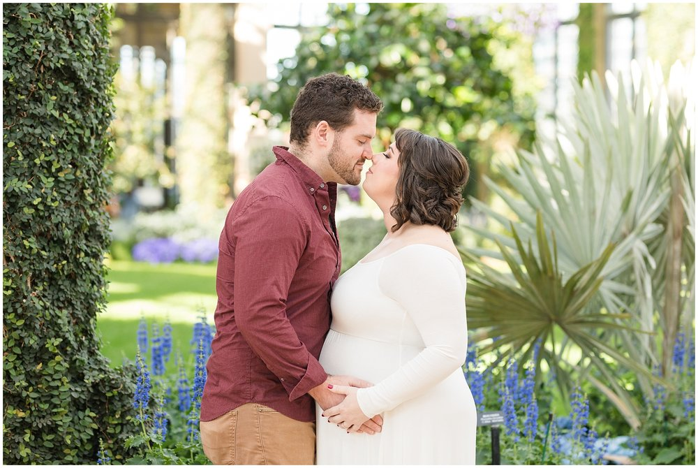 Longwood-gardens-maternity-photos-204.jpg
