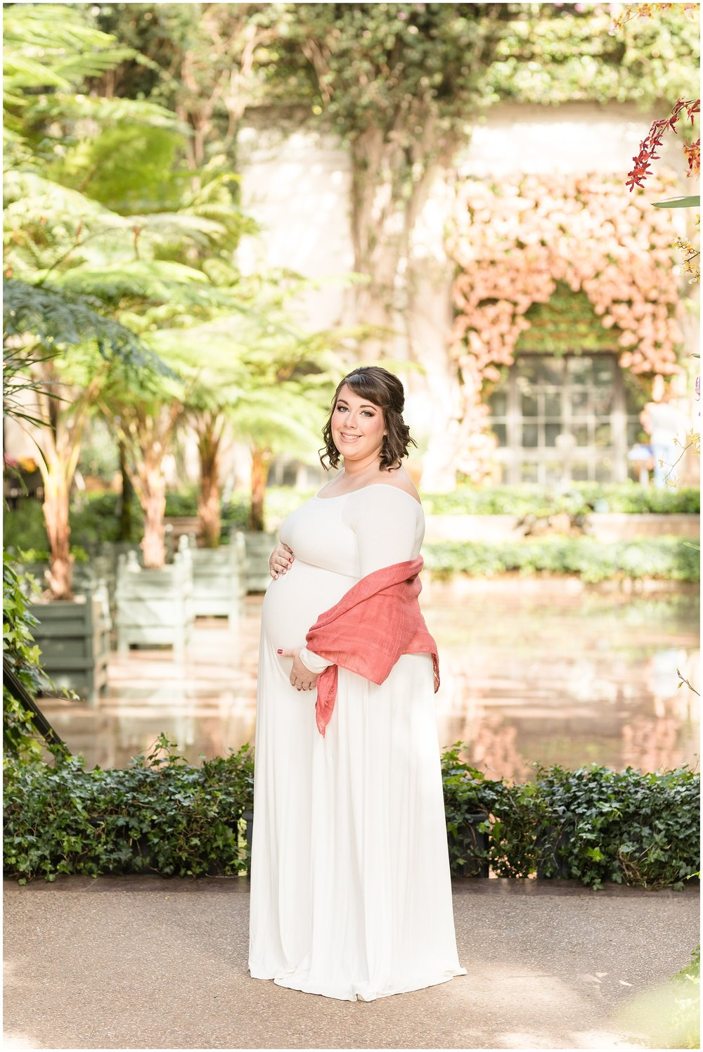 Longwood-gardens-maternity-photos-207.jpg