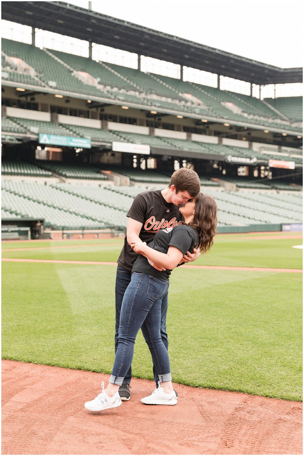 camden-yards-engagement-photos (219 of 31).jpg