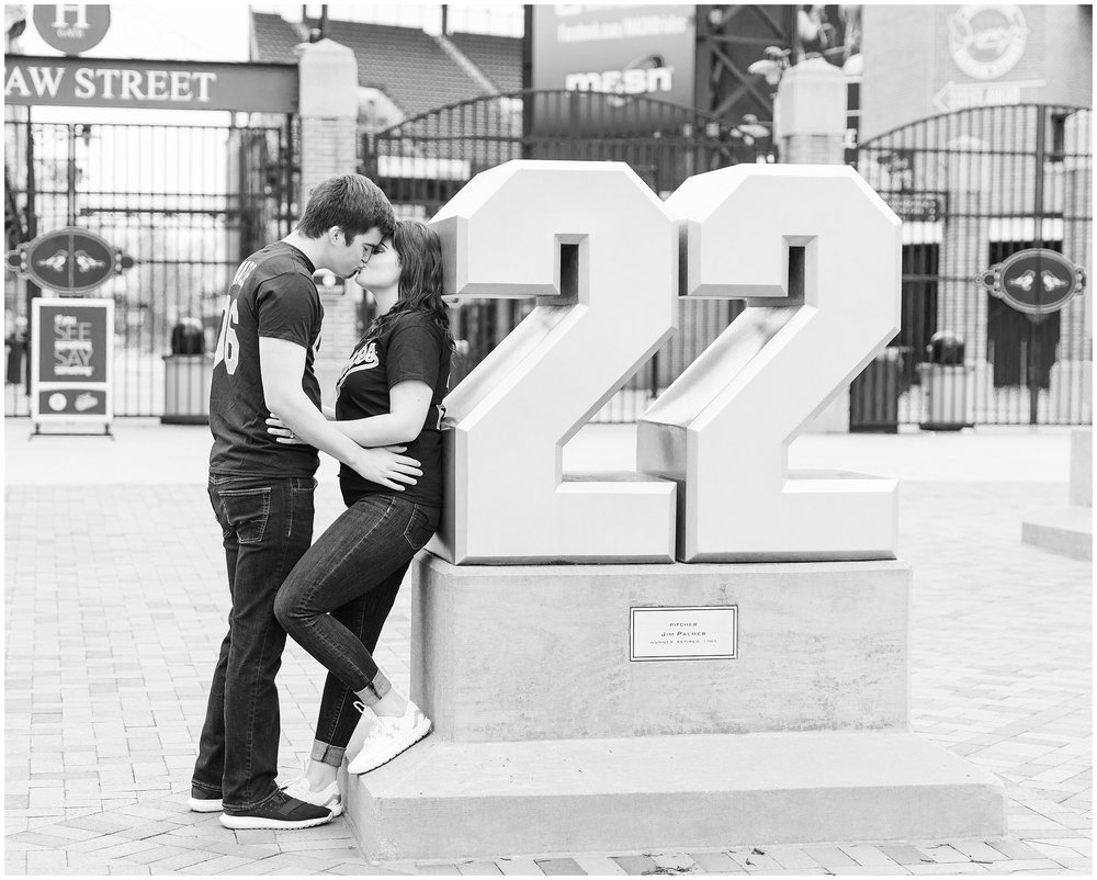 camden-yards-engagement-photos (223 of 31).jpg