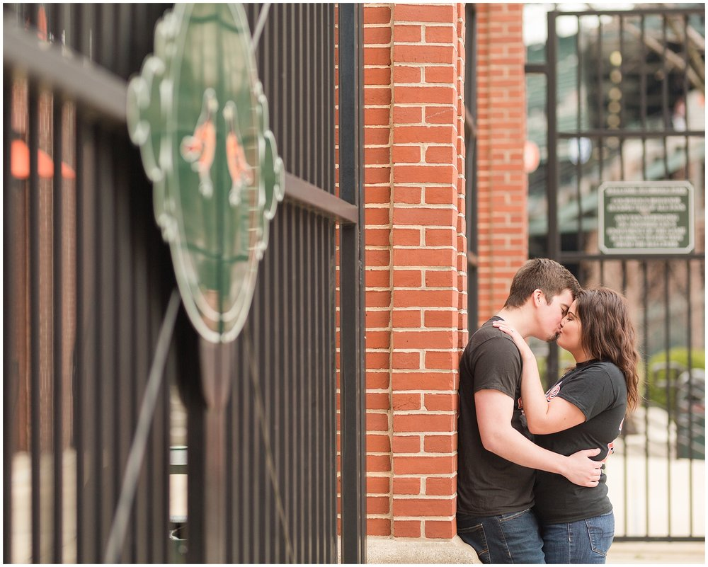 camden-yards-engagement-photos (225 of 31).jpg