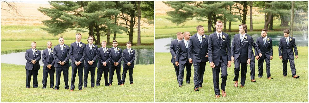 Love these groomsmen photos!