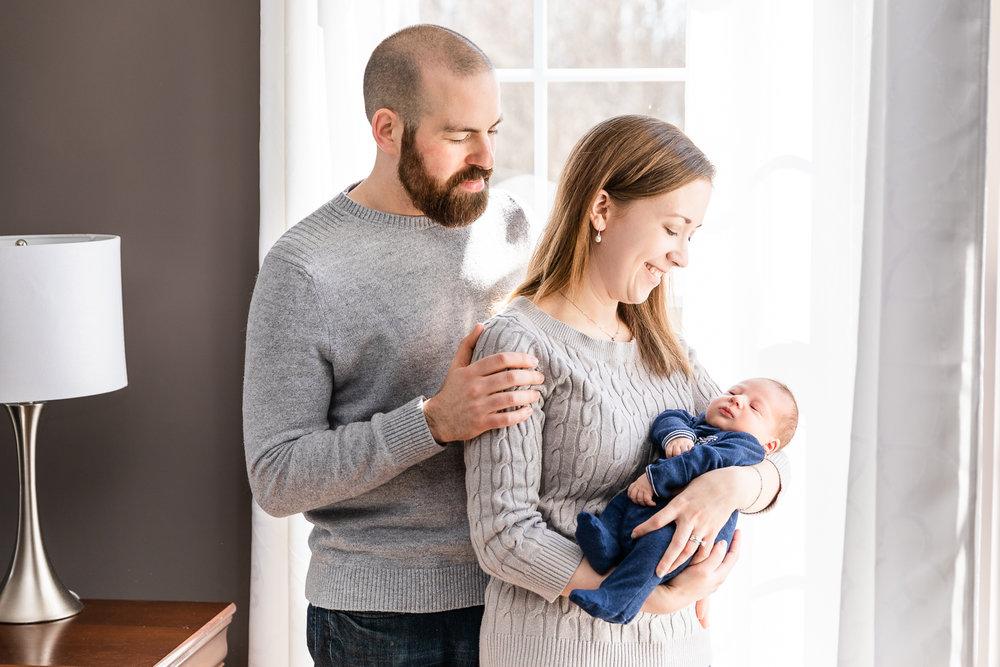 Baltimore-newborn-photographer-2.jpg
