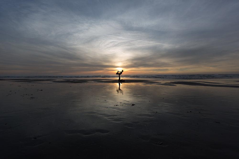 OceanYogaFlying_SamuelCrossleyMedia.JPG