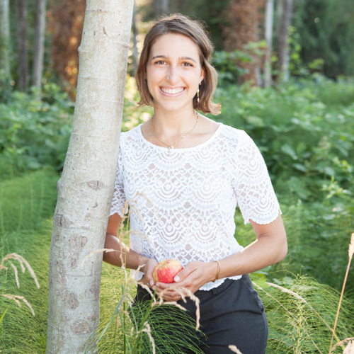Anisa Woodall is an amazing certified nutritionist working out of ISSAQUAH, Washington.