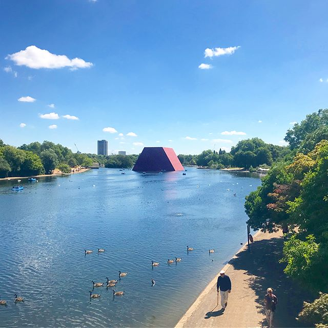 Rounding out London with #Christo and #JeanneClaudes #LondonMastaba in #HydePark