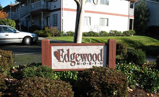 Spacious, deluxe apartment homes in an unbeatable location with easy access to Edmonds and Lynnwood. Enjoy a quality lifestyle…schools, major shopping, fine dining and public transit are all close at hand, and nearby you'll find many parks and a recreation center. Edgewood North Apartments Site / 425.776.0310 / 7221 196th Street SW, Lynnwood, WA 98036