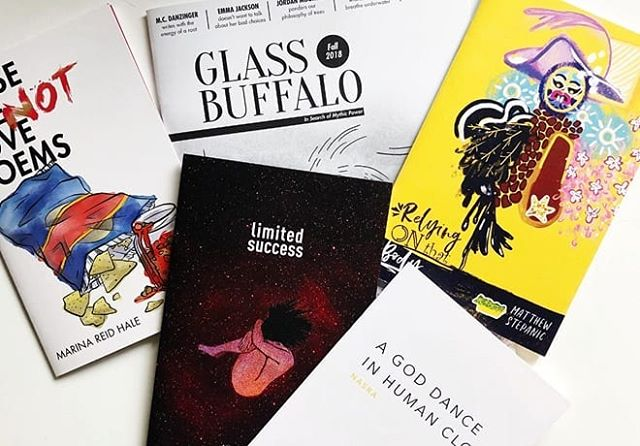 We donated reading bundles of all 7 of our chapbooks & our 2018 issues to @glassbookshop's #Indiegogo campaign, and there's only ONE bundle remaining!  Snatch it up before someone else does, along with all of the other amazing perks they have on offer! They're only 11% away from reaching their goal & opening up the bookshop of our dreams! 📚🌠🎉 (Link in their bio!)