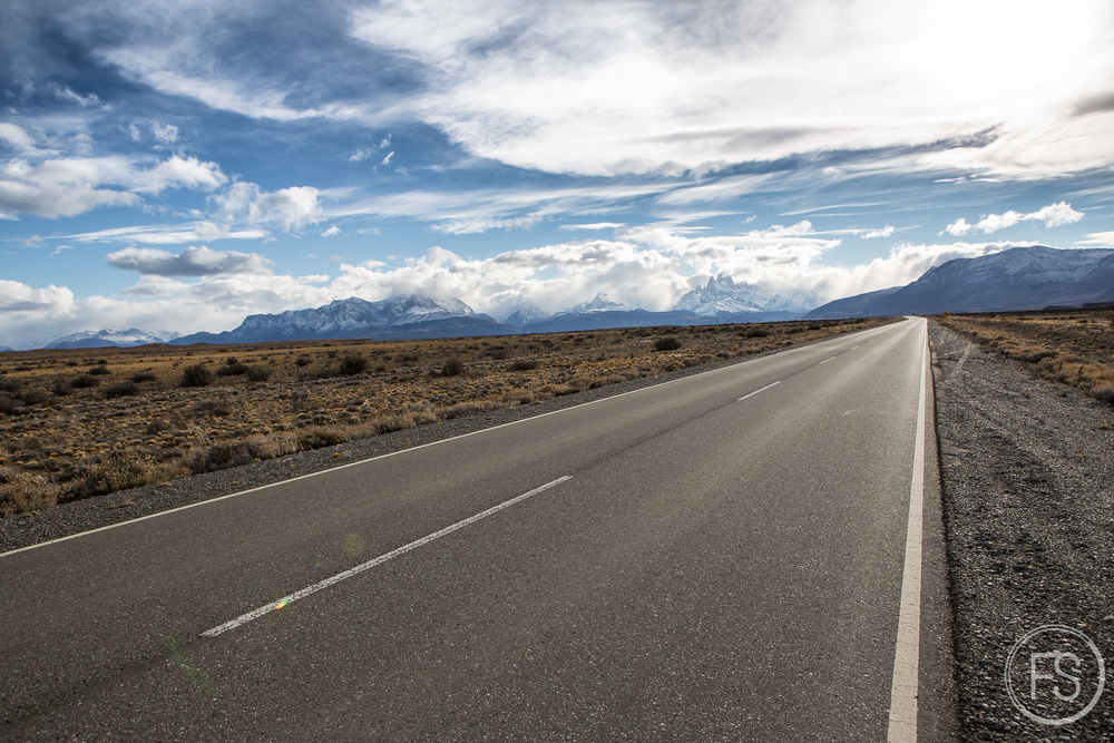 The very beautiful road A40 from El Calafate to El Chalten