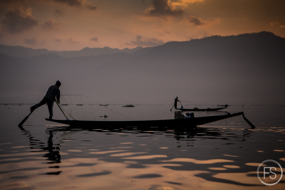 These guys are not fake! I love Inle Lake!