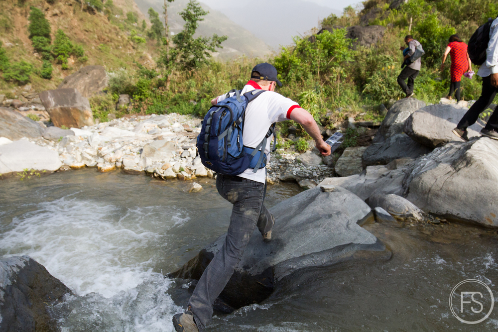 Jumping over more rivers. Enwoueille Marcel t'es encore capable!