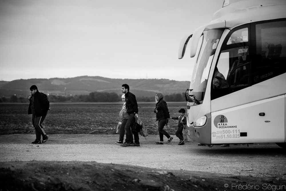 After the boat, a bus to the border with Macedonia (FYROM). The whole journey is a tiring and never ending series of transportation, walks, wait, registration with few moments to truly rest, sleep or even take a shower.  Idomeni, Greek-Macedonian border, Greece.