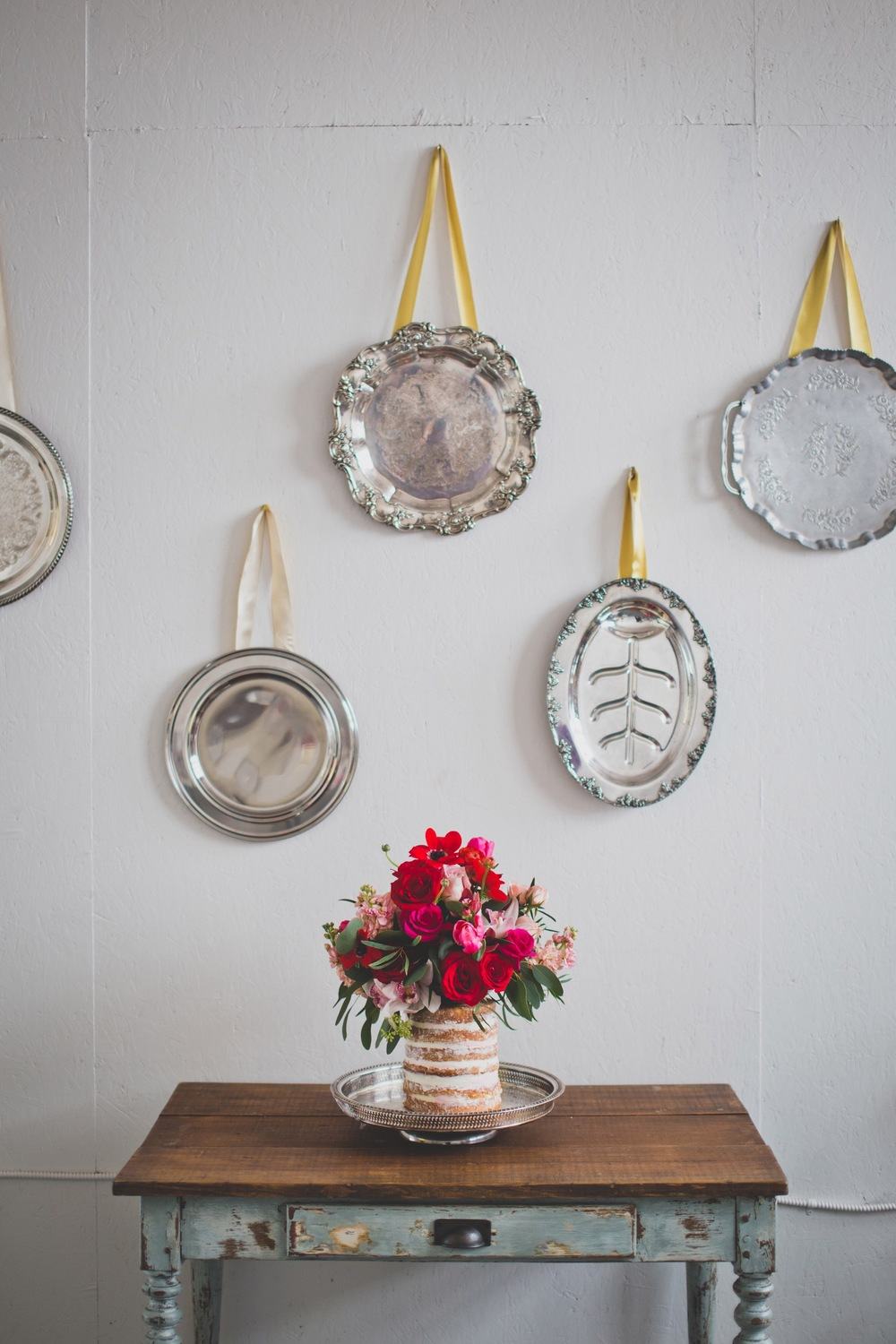 Round Silver Polished Tray