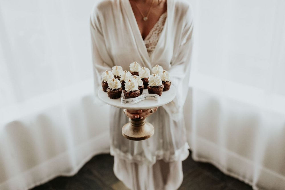 The Sassy Cupcake || Ashley Spence || Madeline Mae Photography
